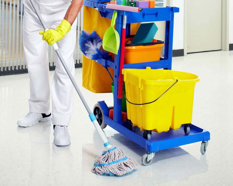 Epi para limpeza escolar