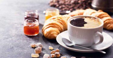 Entenda a importância do café na empresa e como isso ajuda no relacionamento entre os funcionários