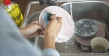 Saiba qual ter na copa: detergente ou sabão?